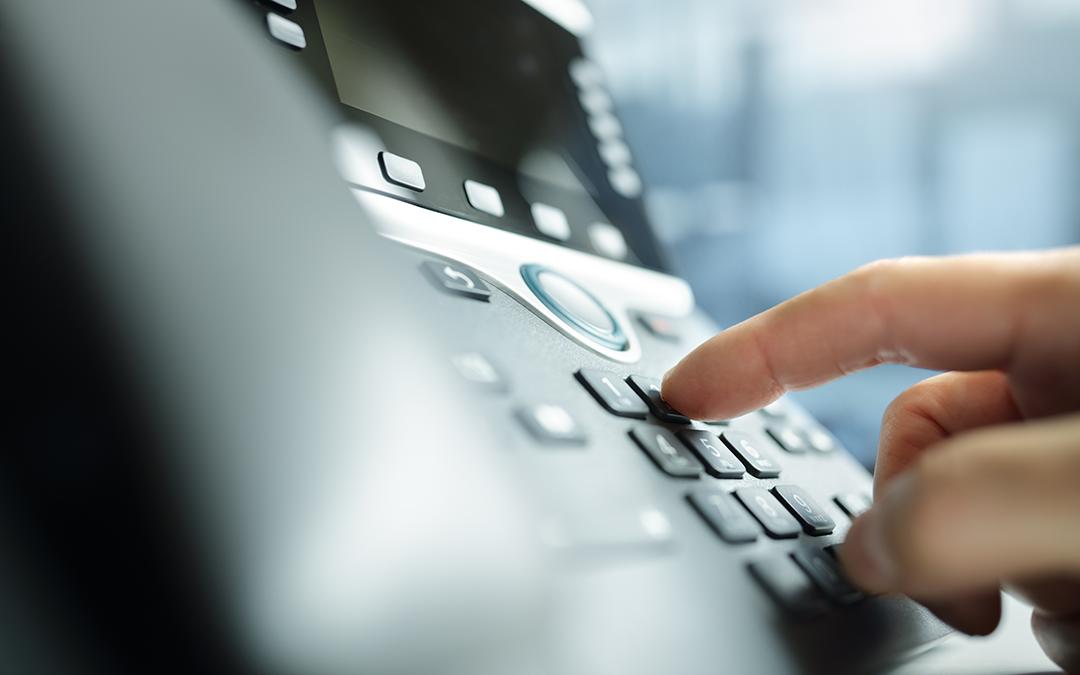 Symbolbild zum Digitalkabinett: Telefonanlage für Telefonkonferenzen (Foto: Brian Jackson – stock.adobe.com)