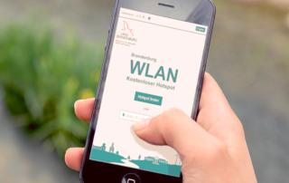 """Handy mit Website """"BrandenburgWLAN"""""""